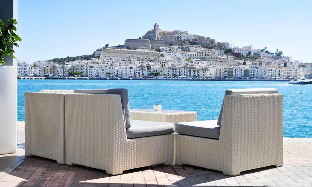 Uitzicht over Sa Penya en Dalt Vila en het oude stadsdeel van Ibiza-stad