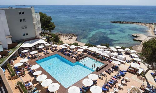 Palladium Hotel Don Carlos in Santa Eulalia op Ibiza  is een top adults only hotel