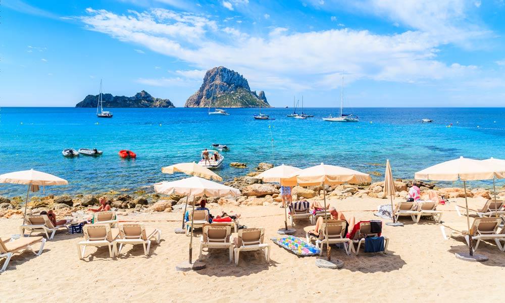 Cala d'Hort is een prachtig strand op Ibiza
